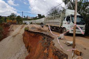 Chi 1,5 tỉ đồng khắc phục đường Cam Ly bị sạt lở