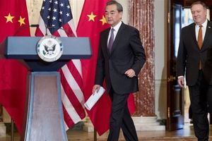 Ngoại trưởng Trung Quốc phân trần đang 'hết sức kiềm chế' với Mỹ tại Biển Đông