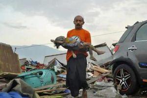 Gần 400 người chết, hàng nghìn tòa nhà hư hại do động đất kèm sóng thần ở Indonesia