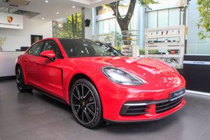 Cận cảnh Porsche Panamera đỏ giá 6,3 tỷ đồng 'độc nhất' tại Việt Nam
