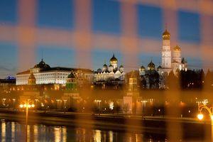 Trước giờ G: Mỹ 'bất đắc dĩ' ngừng thế trừng phạt Nga?
