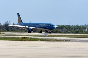 Hủy nhiều chuyến bay từ Việt Nam đi Nhật Bản do bão Trà Mi