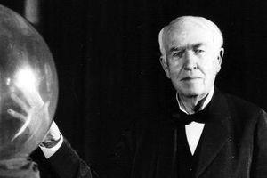 Edison và hơn 10.000 lần thất bại để mang lại ánh sáng cho nhân loại