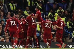 Sturridge lập siêu phẩm giúp Liverpool cầm chân Chelsea ngay tại Stamford Bridge