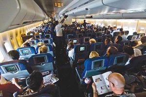 Hóa ra đây là lý do các hãng hàng không không muốn xếp ghế hành khách hướng về phía sau dù điều này an toàn hơn