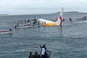 Vụ máy bay lao xuống biển tại Micronesia: 4 công dân Việt Nam an toàn