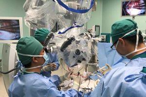 BV Nhi đồng TP HCM: Ứng dụng kỹ thuật mới bóc tách u não to như trái bóng tennis