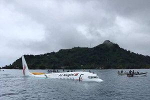 Thông tin mới nhất về vụ rơi máy bay ở biển Micronesia: 4 người Việt Nam an toàn