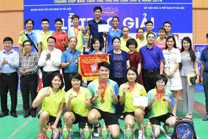 Bế mạc Giải Cầu lông HSSV TP Hà Nội tranh Cúp báo Tuổi trẻ Thủ đô năm 2018