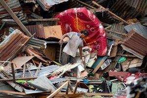 Thương vong do sóng thần tại Indonesia tăng gấp đôi