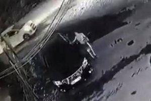 Người cào xước xe ô tô Camry sẽ bị xử lý ra sao?