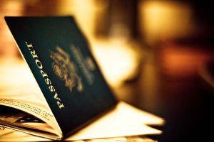 Người ở, người đi thời toàn cầu hóa