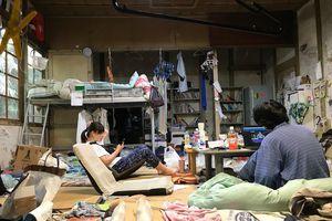 Bên trong khu ký túc xá tồi tàn hơn 100 tuổi tại Nhật Bản