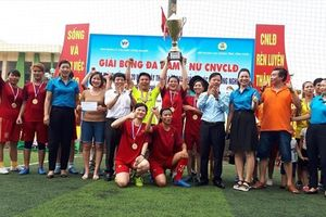 Đội bóng đá nữ CĐ Cty TNHH JahWa Vina vô địch Giải bóng đá CNVCLĐ các KCN tỉnh Vĩnh Phúc