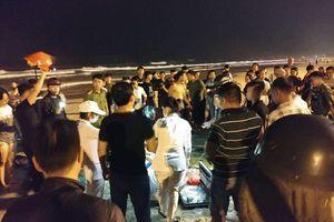 Đà Nẵng: Tắm biển ban đêm, 2 du khách Trung Quốc đuối nước, 1 người tử vong