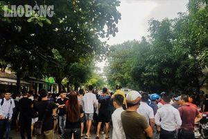 Hàng chục cảnh sát vây bắt đối tượng hình sự mang vũ khí nóng cố thủ tại TP. Vinh
