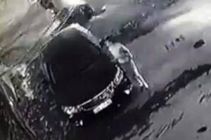 Tin mới vụ người phụ nữ cào xước xe Camry trả thù