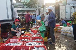 Tố bảo kê ở chợ Long Biên: Phát hiện, sẽ xử nghiêm