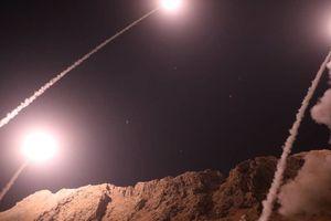 Iran bất ngờ trút tên lửa đạn đạo vào Syria