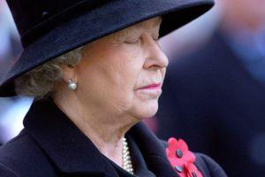 Tiết lộ ngày khủng khiếp nhất trong cuộc đời Nữ hoàng Anh Elizabeth