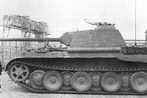 Xe tăng 'con báo' vất vả chống đỡ T-34 Liên Xô như thế nào?