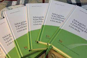 Sách về nhà giáo Văn Như Cương