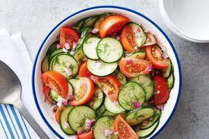 Những nguyên liệu nên và không nên dành cho món salad giảm cân
