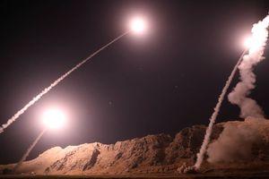 Iran dội tên lửa hang ổ trùm khủng bố, trả thù vụ tấn công diễu binh Ahvaz