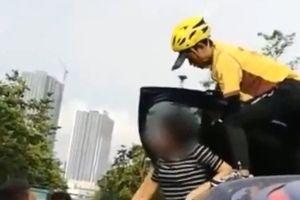 Nữ tài xế 'sát thủ' hạ gục hàng loạt xe Audi, Jaguar trên phố