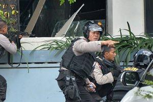 Hàng loạt tù nhân thừa cơ bỏ trốn sau động đất ở Indonesia