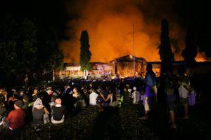Indonesia: Hoảng loạn vì thảm họa kép, 1.200 tù nhân đồng loạt trốn trại
