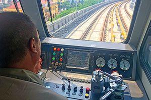 Thử tàu Cát Linh-Hà Đông: An toàn, dân nói 'không bị làm phiền'