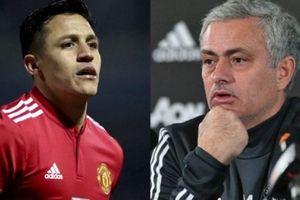 Sau Pogba, Mourinho đang gây chiến với Alexis Sanchez?