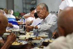 Biến thách thức của già hóa dân số thành cơ hội