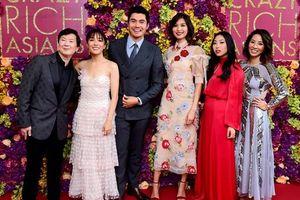 'Con nhà siêu giàu châu Á' trở thành bộ phim hài tình cảm có doanh thu cao nhất trong thập kỷ qua
