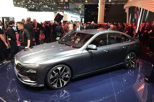 Ảnh thực tế xe VinFast vừa ra mắt ở Paris Motor Show