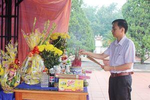 Báo Nông Nghiệp Việt Nam viếng 38 liệt sĩ vừa tìm thấy tại Quảng Trị