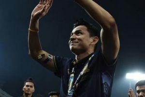 HLV Kiatisak lên tiếng xin lỗi vì lỡ chê bóng đá Việt Nam