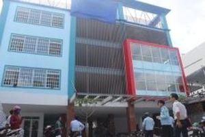 Buộc tháo dỡ công trình 'Xin làm tường rào nhưng xây trường học bốn tầng'