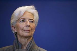 IMF cảnh báo rủi ro tăng cao, tăng trưởng toàn cầu chậm lại