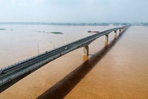 Chuẩn bị thông xe cầu Việt Trì – Ba Vì