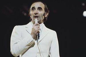 Danh ca nổi tiếng với tình khúc 'She' qua đời ở tuổi 94