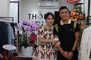 Đến lượt cầu thủ Bùi Tiến Dụng U23 Việt Nam công khai bạn gái?