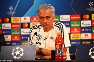 Mourinho lên tiếng về tin đồn bị sao M.U 'làm phản'