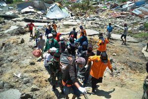 Hình ảnh khu mai táng tập thể nạn nhân vụ động đất, sóng thần ở Indonesia