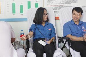 Hơn 90 đơn vị máu tặng bệnh nhi