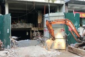 Hàng loạt công trình có dấu hiệu vi phạm tại phường Dịch Vọng Hậu, quận Cầu Giấy ?
