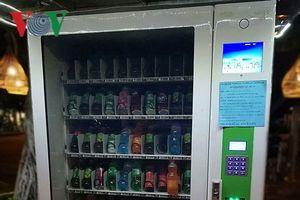 Máy bán nước tự động ở Vũng Tàu không trả tiền thừa cho du khách
