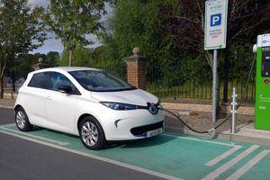 Renault xây dựng đảo 'điện thông minh' đầu tiên của Pháp