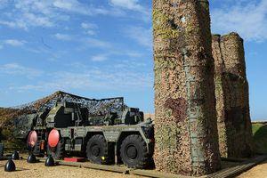 Nga ký hợp đồng cung cấp tên lửa S-400 cho Ấn Độ